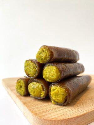 Zoetterette Druivensuikerblad met gestampte pistache rulo